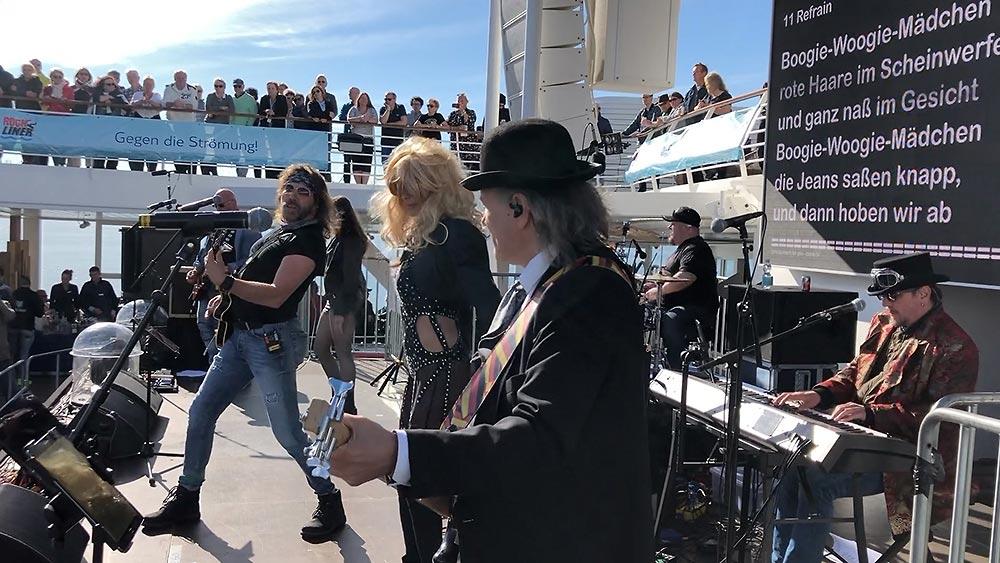 Die Band auf der Ricklinerbühne, Mein Schiff